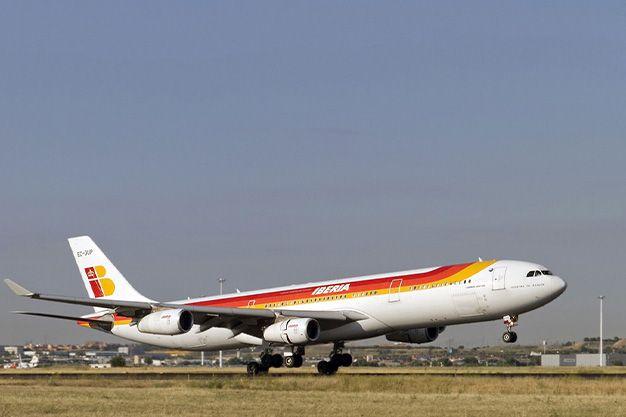 Avión Airbus A340-300