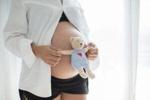 10 Trucos caseros para conocer si es niño o niña en el embarazo