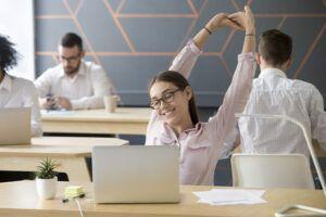 5 ejercicios fáciles que puedes hacer en el trabajo
